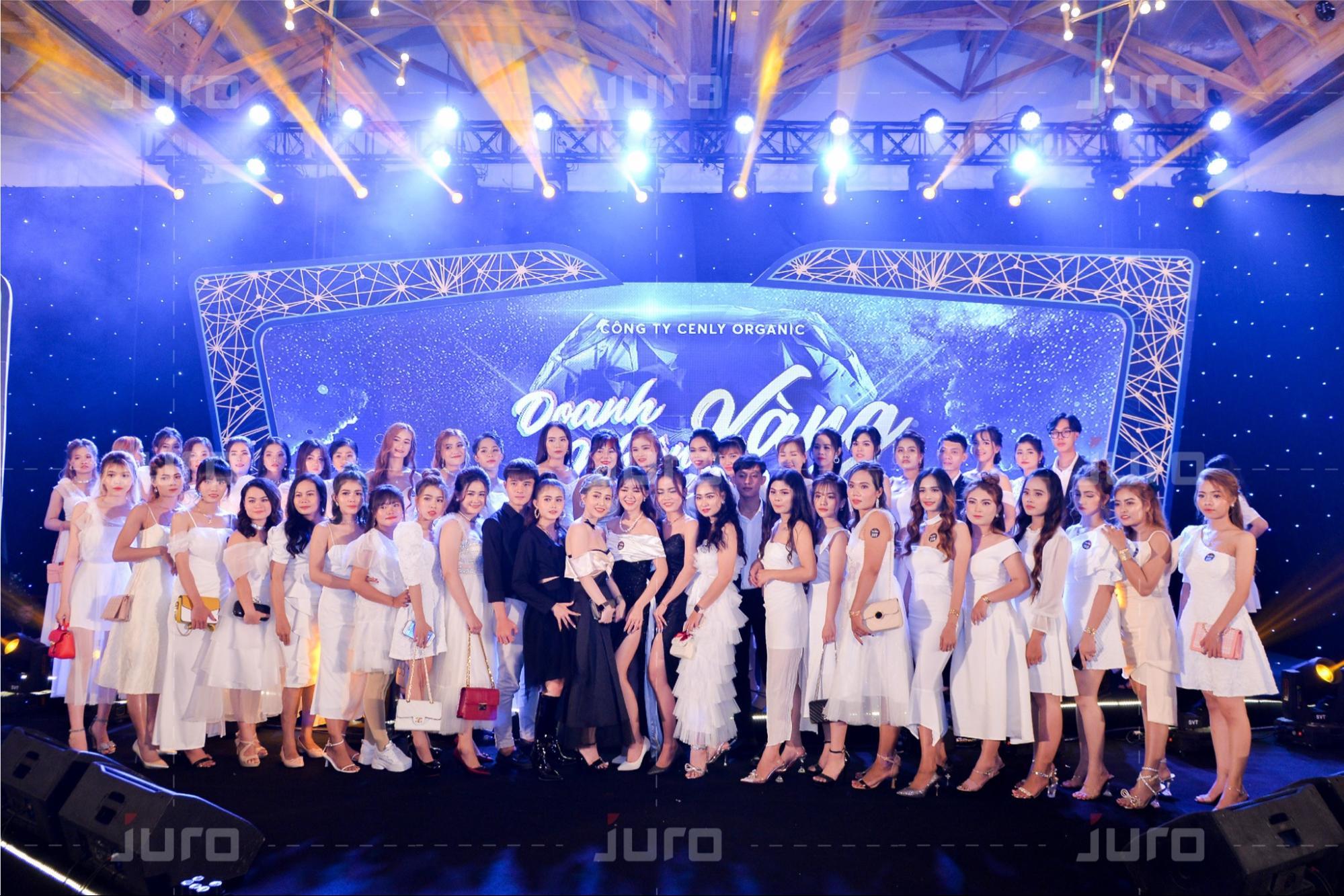 JURO tổ chức thành công sự kiện Year End Party