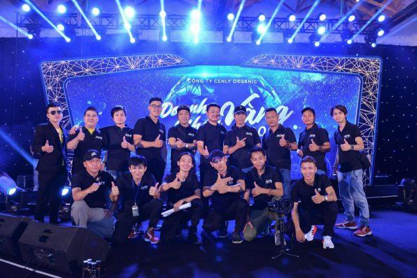 Đội ngũ chuyên viên tổ chức sự kiện chuyên nghiệp JURO