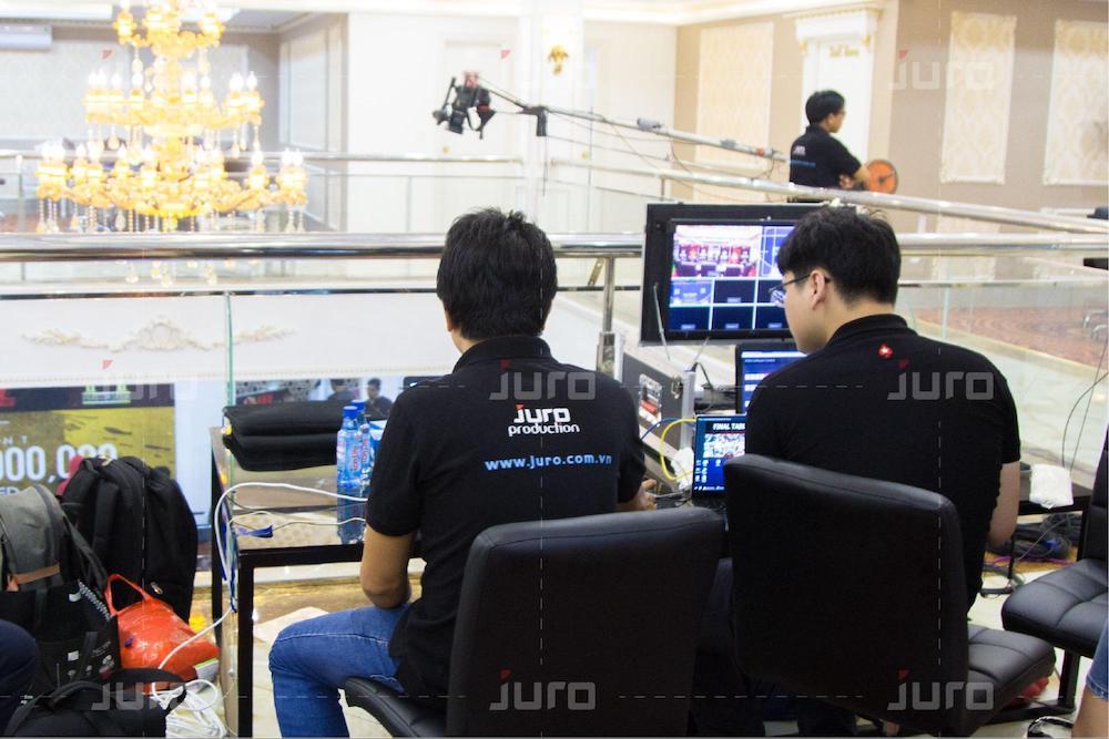 đội ngũ chụp ảnh Juro